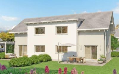 Sonniges, zweistöckiges Doppelhaus mit Garten